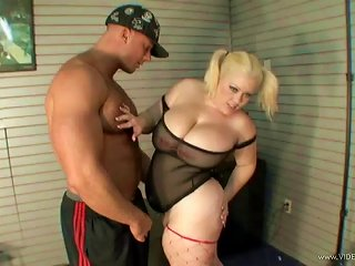 Tattooed Bbw In High Heels Gets Fucked Hardcore Doggystyle